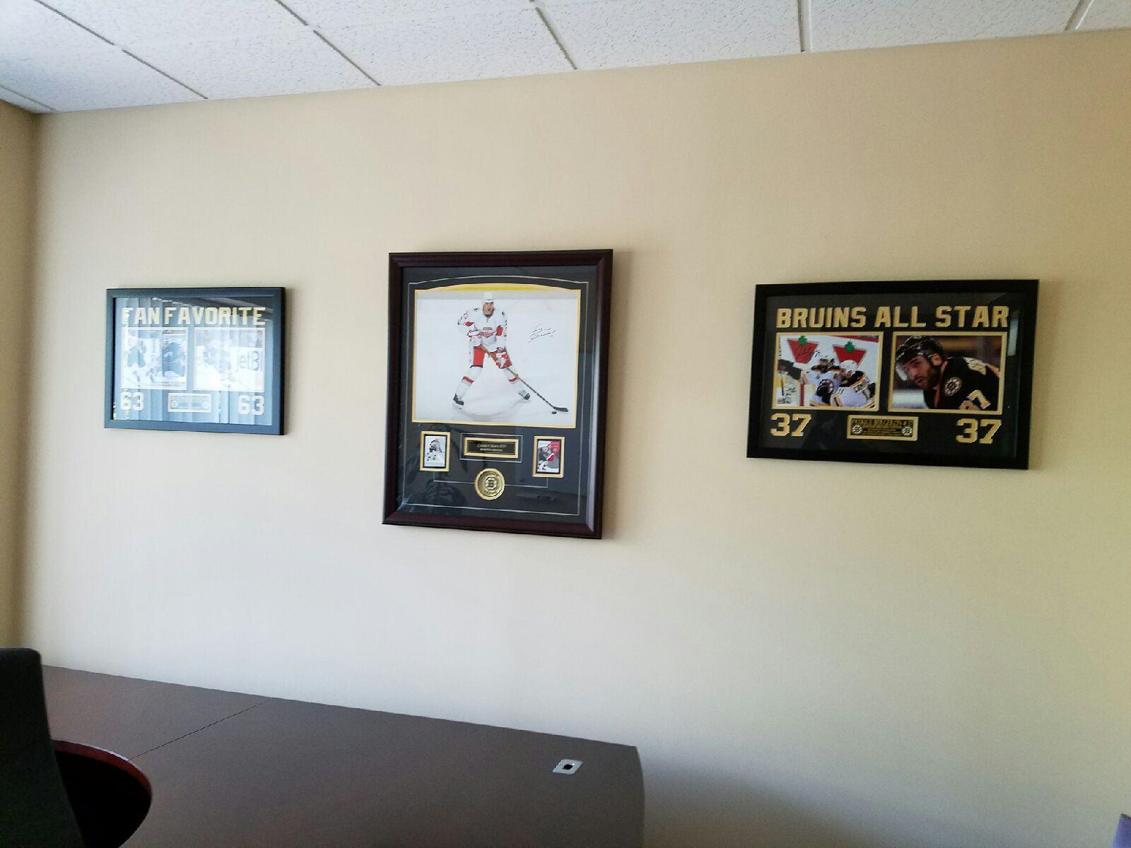 Home; Office Decor Sports Memorabilia 001