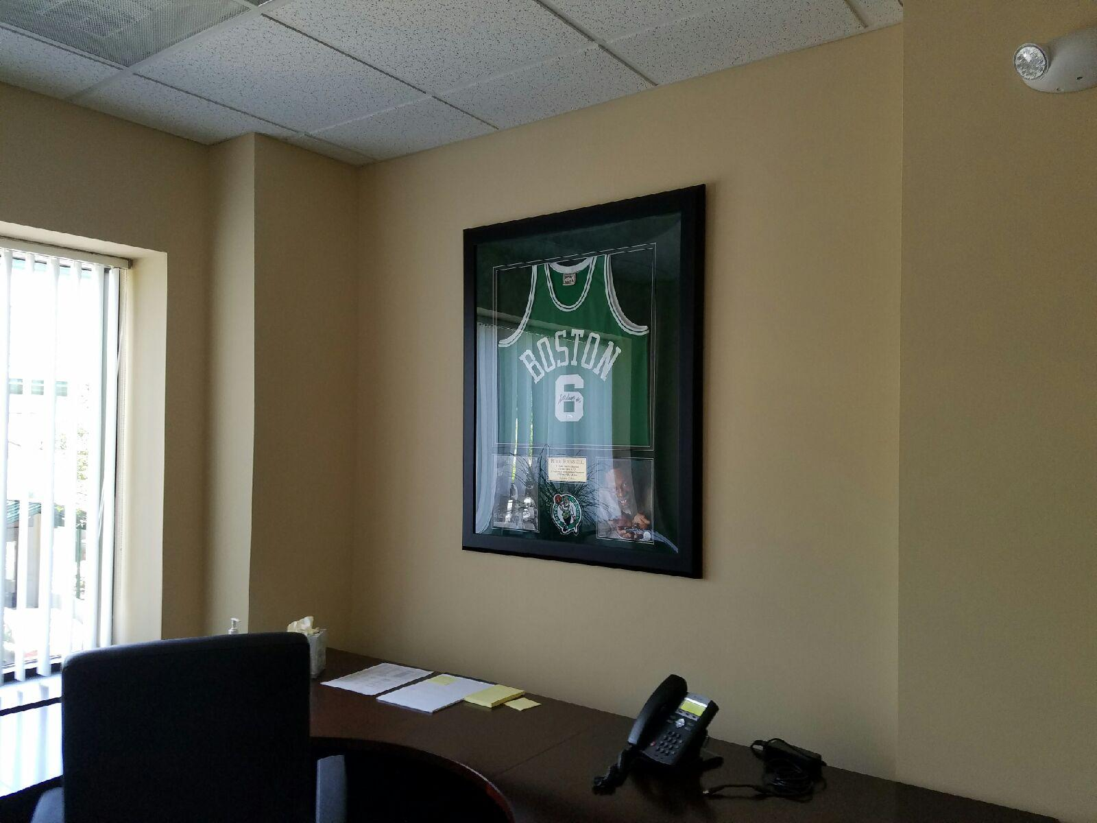 Home; Office Decor Sports Memorabilia 004