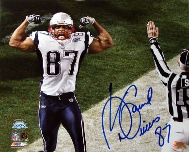 David Givens Autographed New England Patriots 16x20 Photo