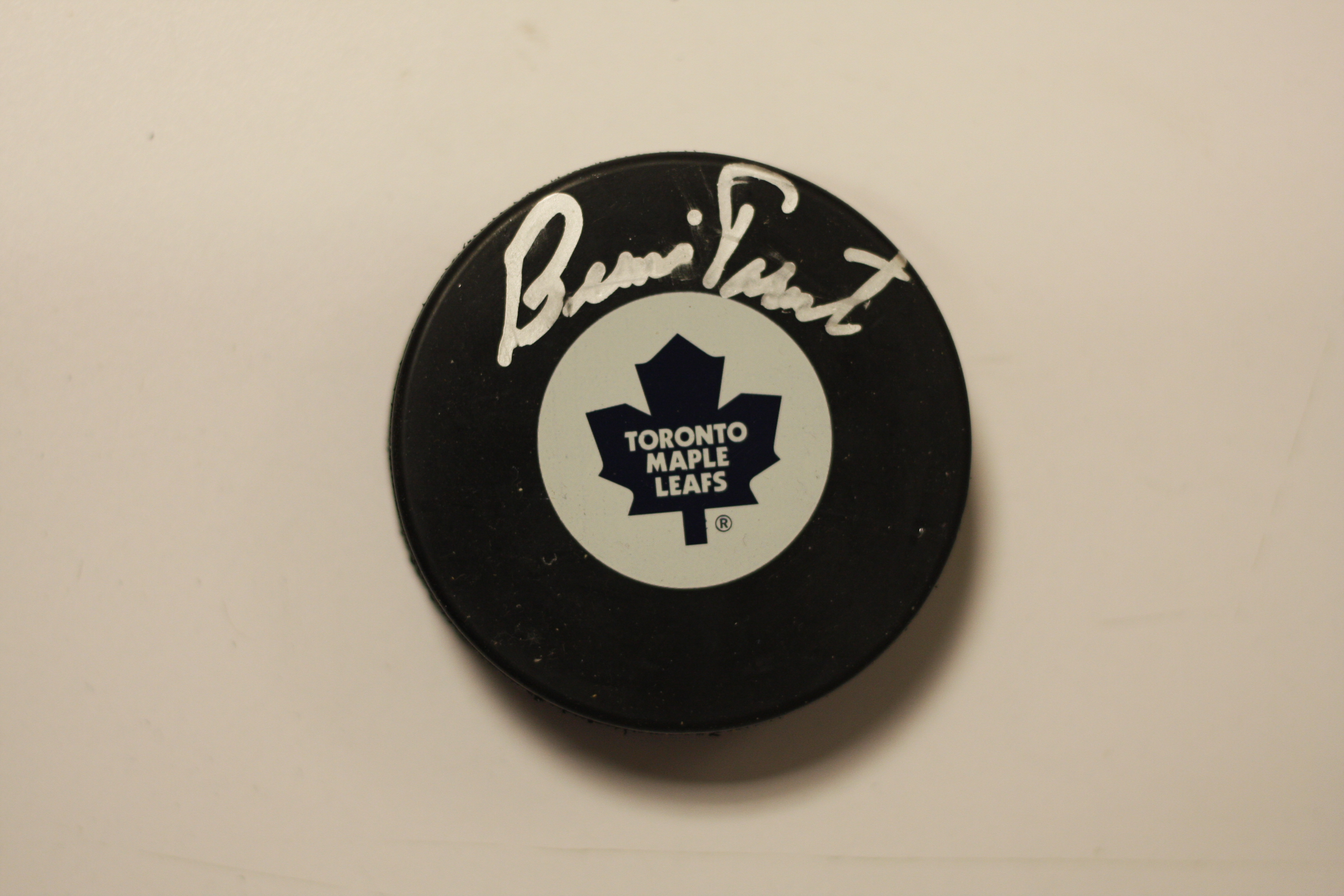brand new c955f d7f21 Bernie Parent Toronto Maple Leafs signed puck