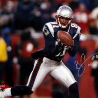 Bethel Johnson Autographed New England Patriots 16x20 Photo